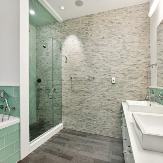 Bathroom in 48 Bond Street - Manhattan condos for sale