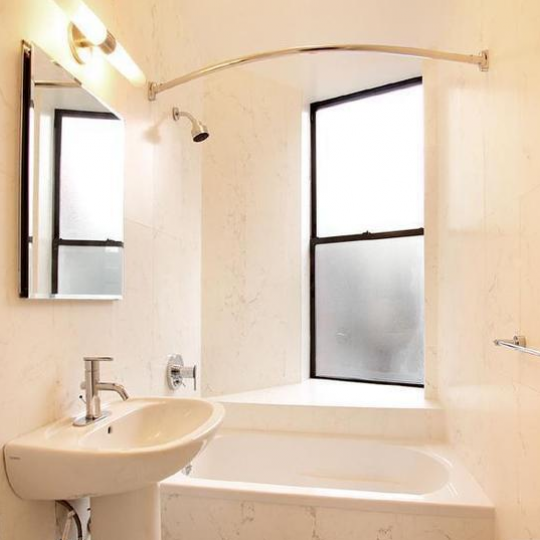 Bathroom - Park Lane - Harlem - Manhattan - NYC Condos For Sale