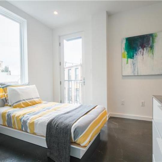 618 Washington Avenue- Bedroom