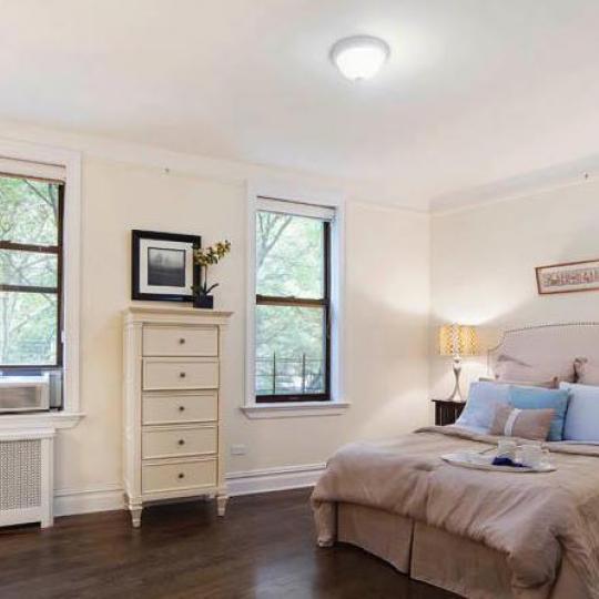 Bedroom - Riverside Drive Condominiums - Washington Heights Condos