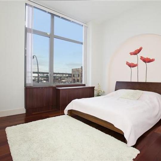 42-51 Hunter Street - Bedroom