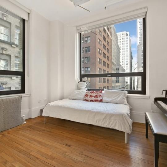 Bedroom - Pine Street - Financial District - New York City Sales