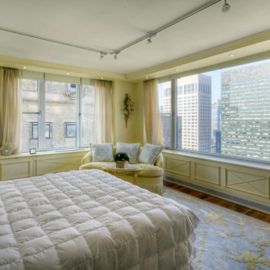 Bedroom - New York City - 117 East 57th Street