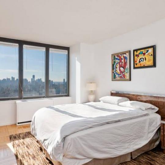 Bedroom - 330 East 38th Street Condominiums - Condos - NYC