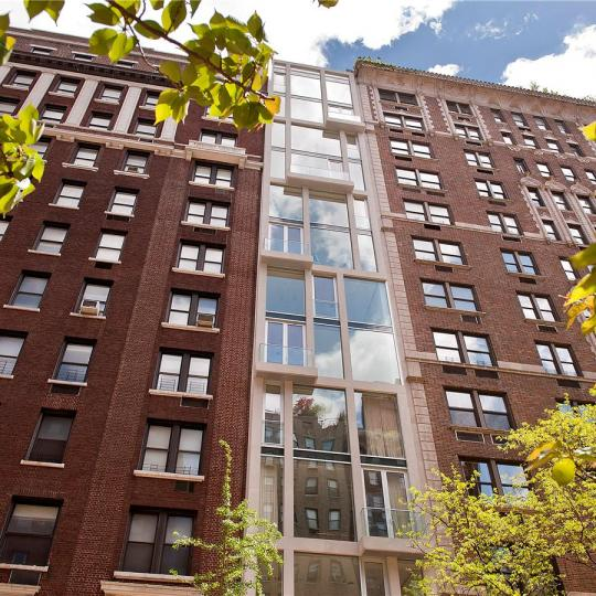 949 Park Avenue NYC Condos - Apartments for Sale in Upper East Side