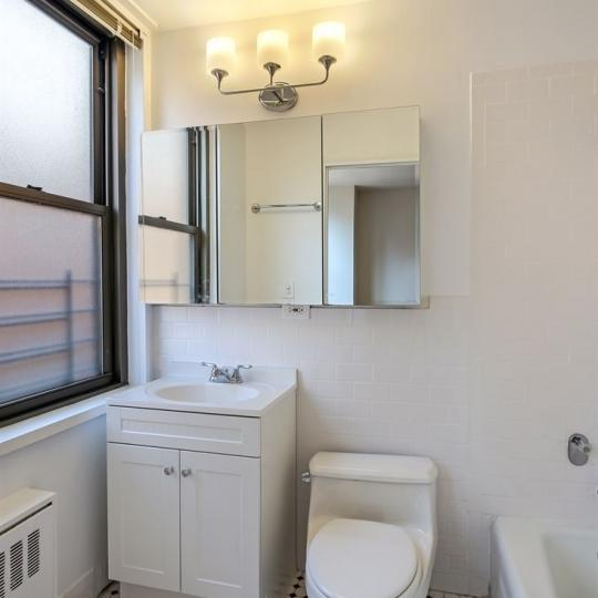 Bathroom - Continental Towers - Condo