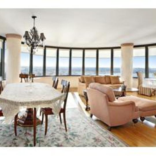 Dining Area - 330 East 38th Street - Luxury Condos - New York City
