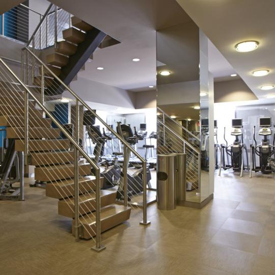 Rector Square Apartments - Gym