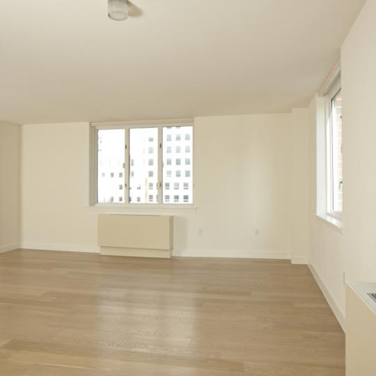 Rector Square Apartments - Room