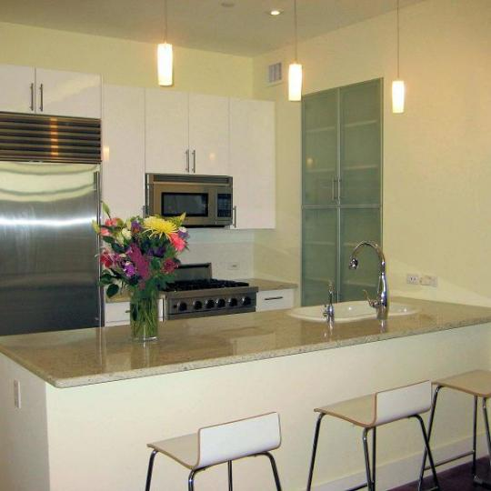 42-51 Hunter Street - Kitchen