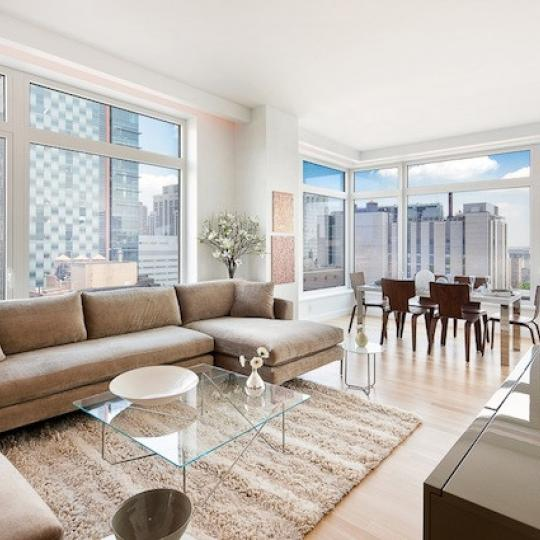 The Laurel - 400 East 67th Street - living room - Manhattan Condos for Sale