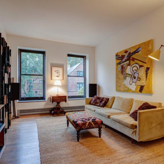 Livingroom - 422 West 20th Street - Chelsea