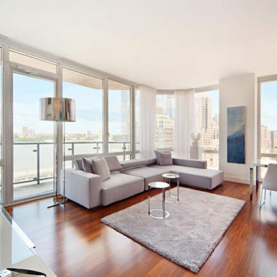 10 West End Avenue - Living room - Manhattan Condos for Sale