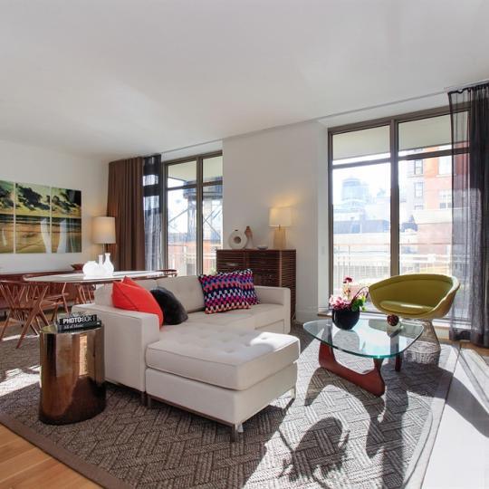 Cipriani Club Residences Classic livingroom - Condos for Sale NYC