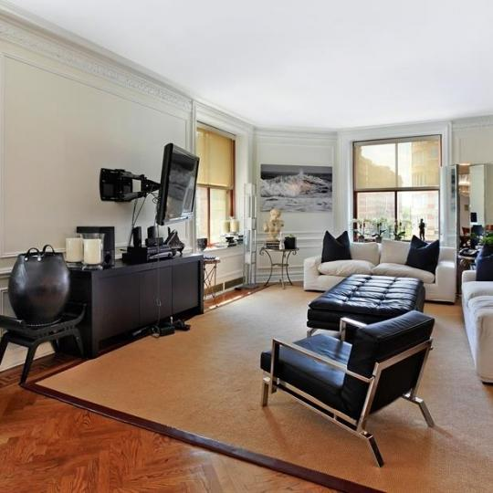 Living Room at The Belnord - 225 West 86th Street