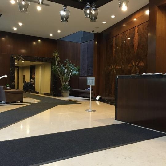 212 East 47th Street Manhattan – Lobby