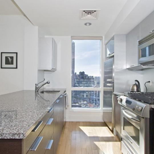 Orion - Condos - Kitchen - Clinton