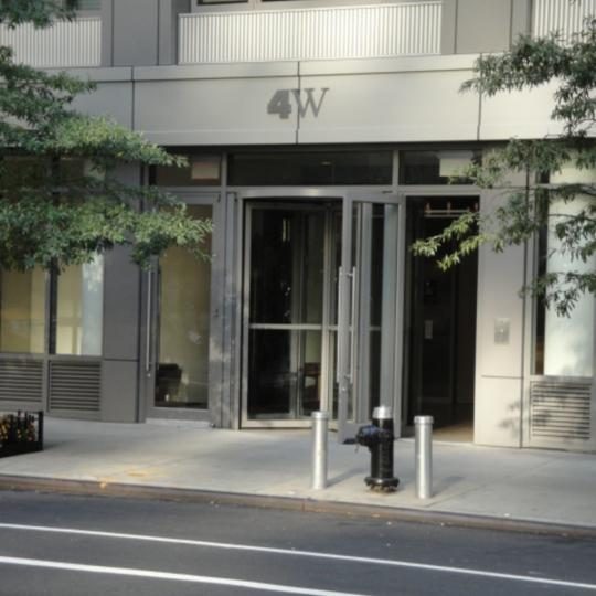 4 West 21st Street - Entrance - Luxury Manhattan Condominiums