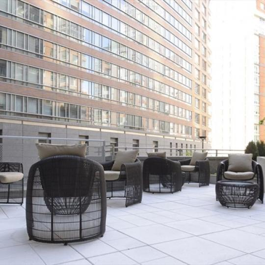 The Riverhouse  - terrace - Manhattan New Condos for Sale