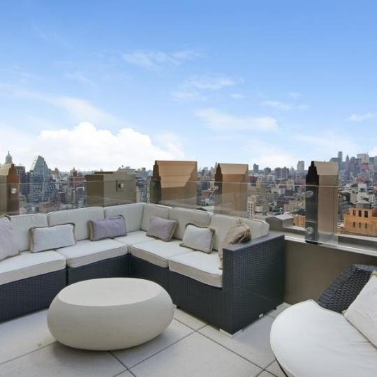 Open Views form the Rooftop Deck at 224 West 18th Street