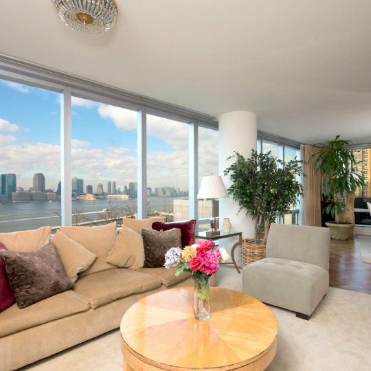 Livingroom - 10 West Street - Battery Park City