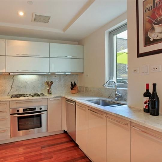 Slate Condominiums NYC Condos - 165 West 18th Street Apartments for Sale Kitchen