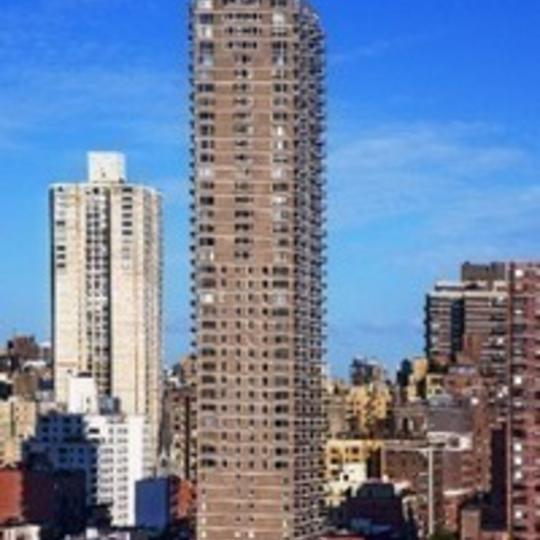Apartments for sale at The Monarch in Manhattan