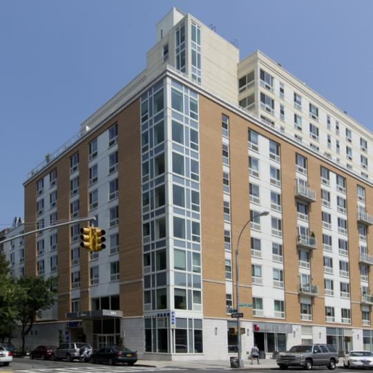 The livmor 2131 frederick douglass boulevard harlem for Condos for sale in harlem