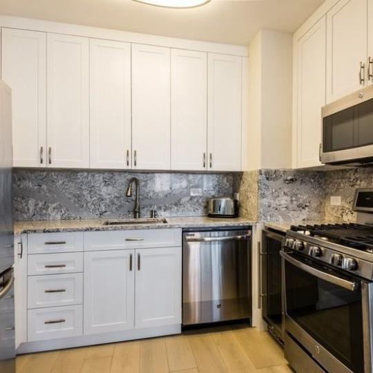 Condos for sale at 200 East 61st Street in NYC - Kitchen