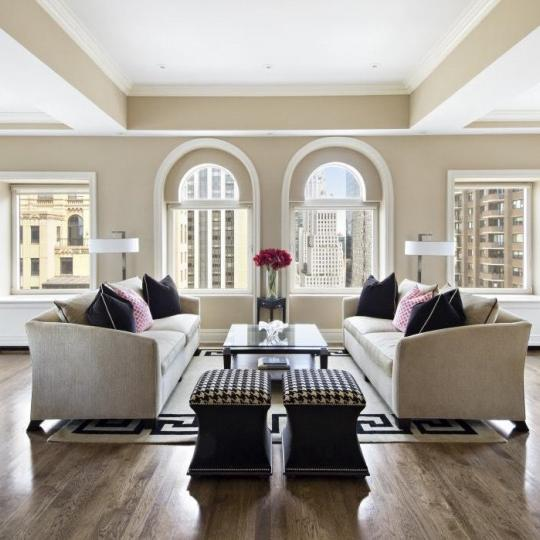 Apartments for sale at Trump Parc in Central Park South - Living Room
