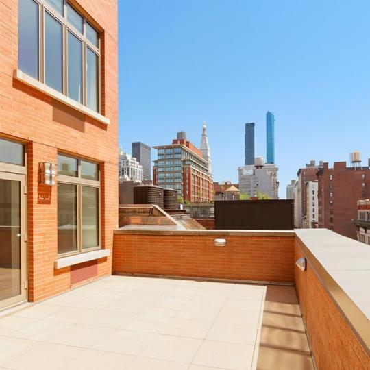 Private Terrace at Verde Chelsea in Manhattan