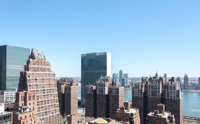 Stunning view from 250 East 40th Street in NYC