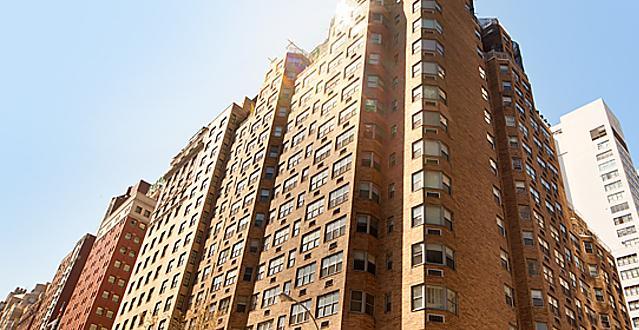 Building Facade - 80 Park NYC Rentals