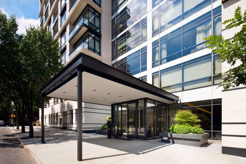 170 East End Avenue Entrance - Upper East Side NYC Condominiums