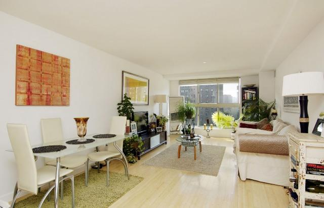 1400 Fifth Avenue Living Room - Manhattan Condos for Sale