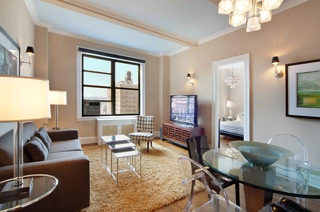 595 West End Avenue Living Room - Upper West Side NYC Condominiums