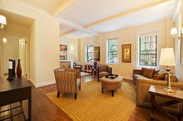 595 West End Avenue Living Room – Manhattan Condos for Sale