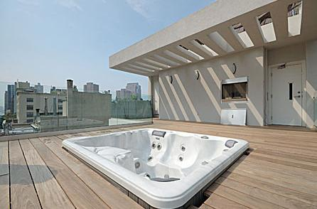 Tribeca Townhomes Penthouse Roofdeck - Manhattan Condos for Sale