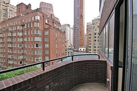 211 Madison Avenue Manhattan - View from Morgan Court
