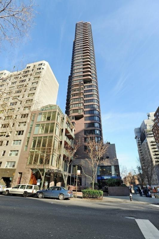 Apartments for sale at Channel Club in Upper East Side