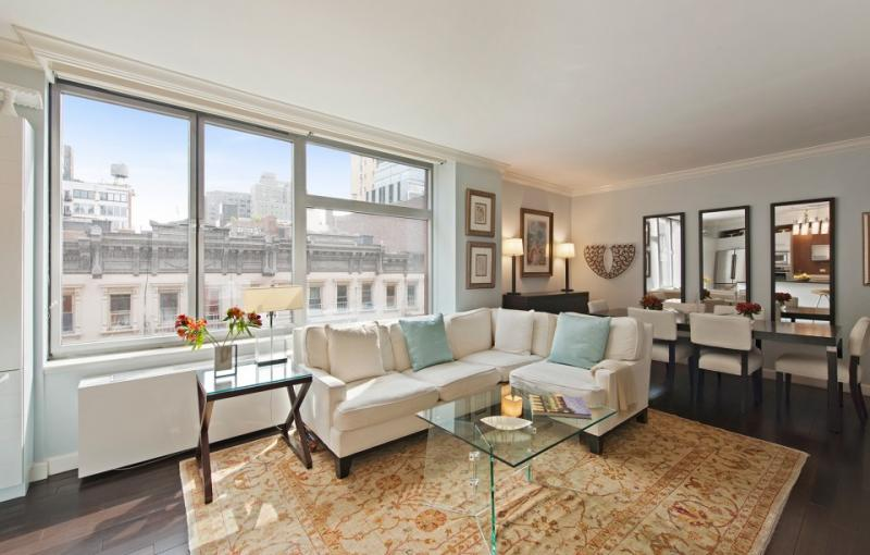 Livingroom at 151 West 17th Street in NYC