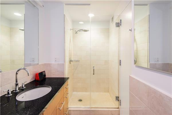 Sky House Flatiron District NYC Condos For Sale Bathroom