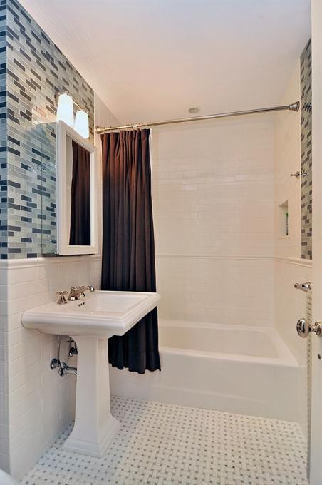 The Merrion 215 West 88th NYC Condos For Sale Bathroom