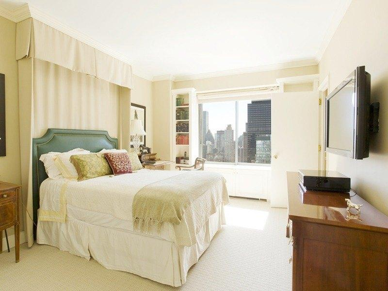 Condos for sale at 200 East 61st Street in NYC - Bedroom