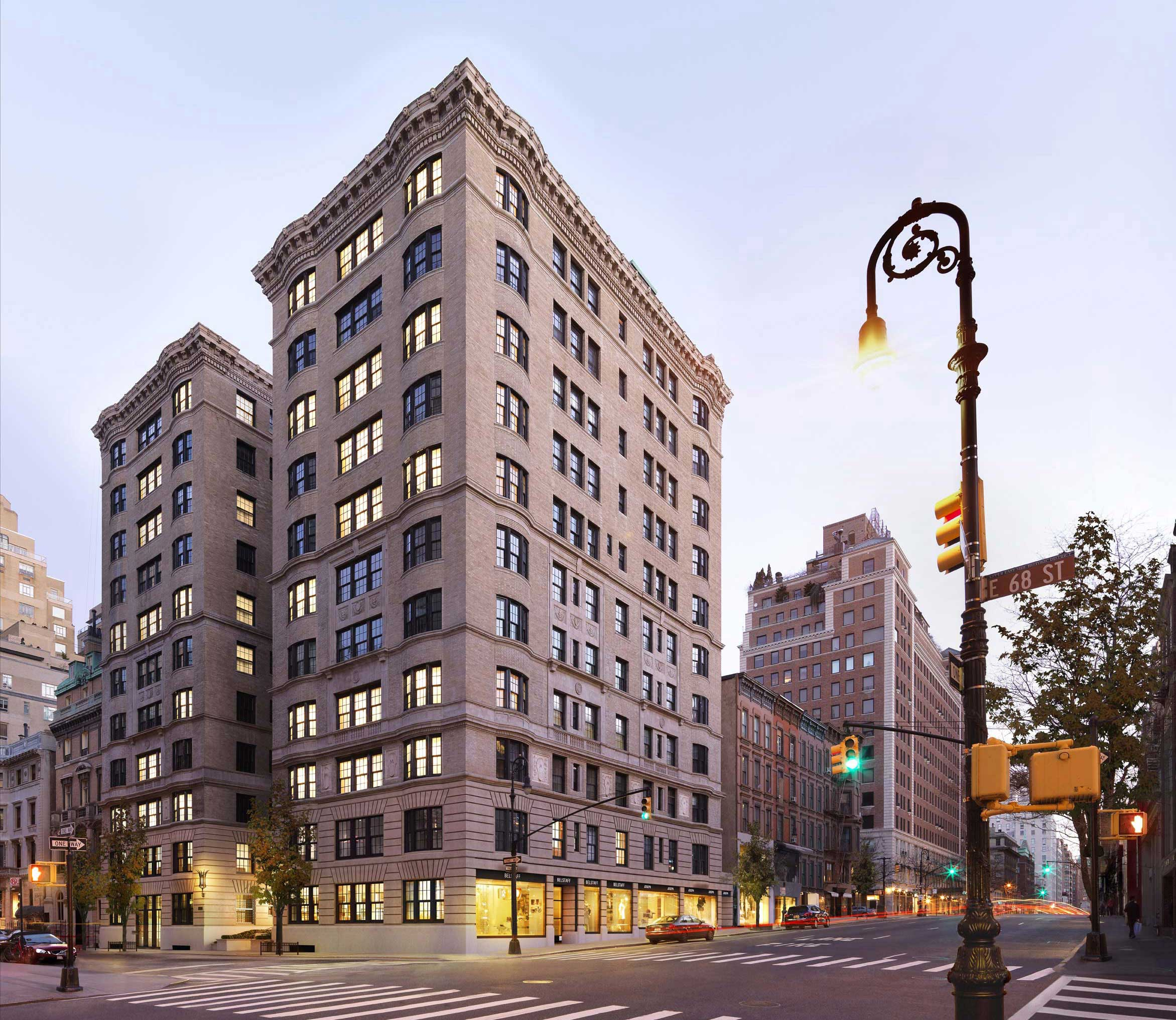 Apartments In Manhatten: 11 East 68th Street