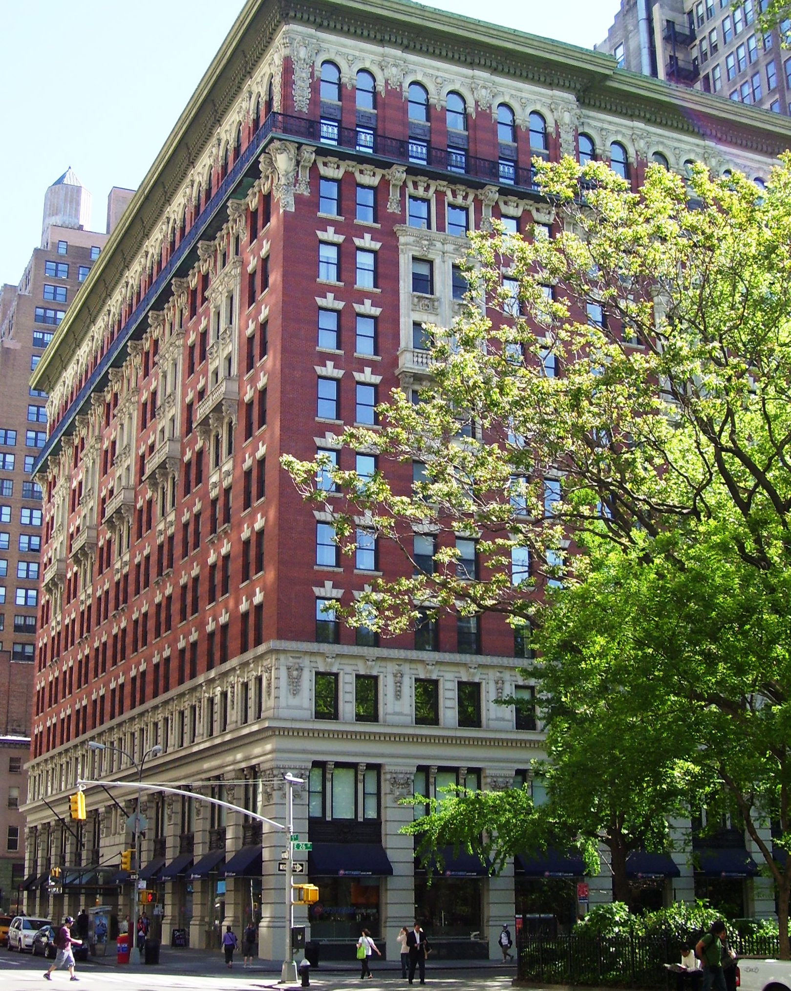 The grand madison 225 fifth ave gramercy park condos for Fifth avenue apartments nyc