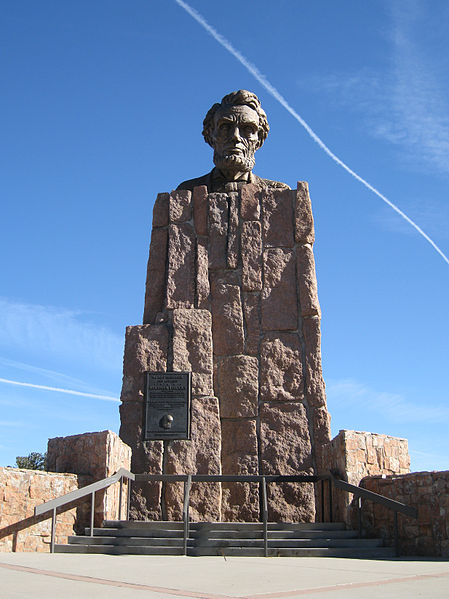 Statue of Lincoln at the highest point of Lincoln Highway