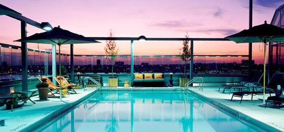 Les incroyables terrasses d 39 immeuble de new york for Manhattan public swimming pools