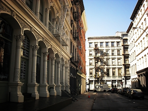 Rent luxury apartments in Soho, NYC