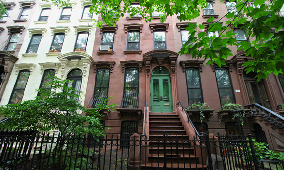 Articles on manhattan real estate trends new for New york city brownstone for sale